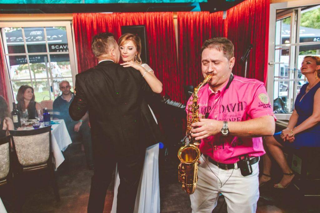 saxophonist-fuer-hochzeit-1024x683